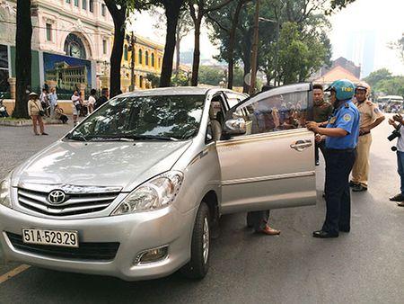 Uber lai bi Bo Giao thong 'bac' de an hop dong dien tu - Anh 1