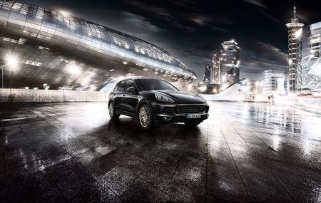 Porsche Cayenne Platinum gia 4,7 ty dong tai Viet Nam - Anh 2