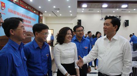 Bi thu Thang: 'Thanh nien phai dam doi moi' - Anh 1