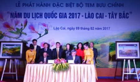 Phat hanh bo tem buu chinh 'Nam du lich quoc gia 2017 - Lao Cai - Tay Bac' - Anh 1
