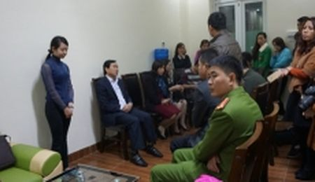 Thanh Hoa chan chinh hoat dong giao duc sau vu viec giao vien danh hoc sinh mam non - Anh 1