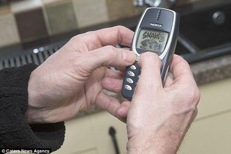 Nokia 3310 sau 17 nam van xai tot - Anh 3