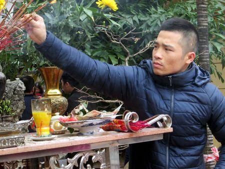 Chua Phuc Khanh chat kin nguoi truoc gio lam le cau an - Anh 6