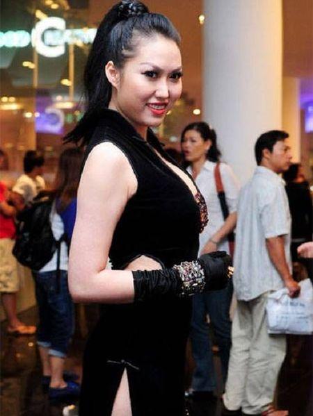 Choang khi ngam nhan sac doi thuc cua Phi Thanh Van - Anh 11