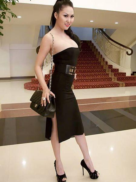 Choang khi ngam nhan sac doi thuc cua Phi Thanh Van - Anh 14