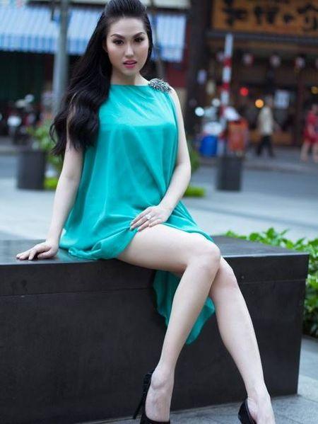 Choang khi ngam nhan sac doi thuc cua Phi Thanh Van - Anh 6