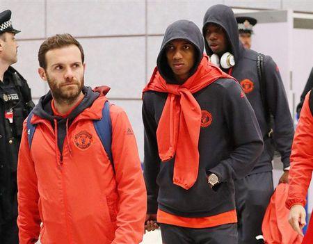 Chum anh: Dan sao Man Utd kiet suc sau khi tro ve tu nuoc Nga - Anh 4
