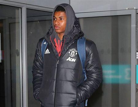 Chum anh: Dan sao Man Utd kiet suc sau khi tro ve tu nuoc Nga - Anh 7