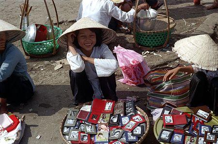 Anh doc: 'Du sac thai' phu nu Sai Gon nam 1973 (2) - Anh 4