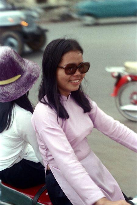 Anh doc: 'Du sac thai' phu nu Sai Gon nam 1973 (2) - Anh 7