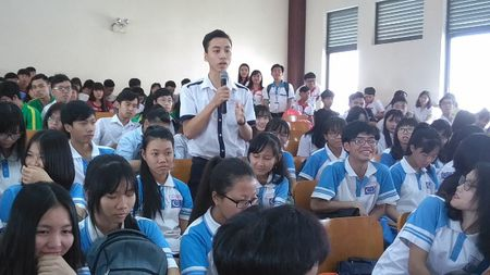 STU to chuc Ngay hoi Tu van Huong nghiep va Tuyen sinh nam 2017 - Anh 1