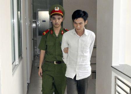 Ky niem 20 nam Ngay truyen thong luc luong Canh sat Phong chong toi pham ma tuy (12/3/1997-12/3/2017):Triet xoa cac tu diem ma tuy phuc tap - Anh 2