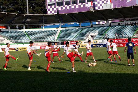 17 gio chieu nay, truc tiep bong da V-League 2017: HAGL dau Sanna Khanh Hoa - Anh 1