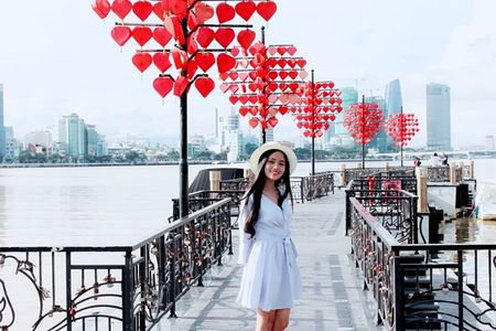 Danh tinh co gai Viet xinh dep duoc dan mang Han Quoc kiem tim - Anh 9