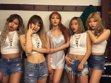 Sao Han 11/3: Krystal ma mi, Hyun Ah mac vay 'khong the ngan hon' - Anh 2