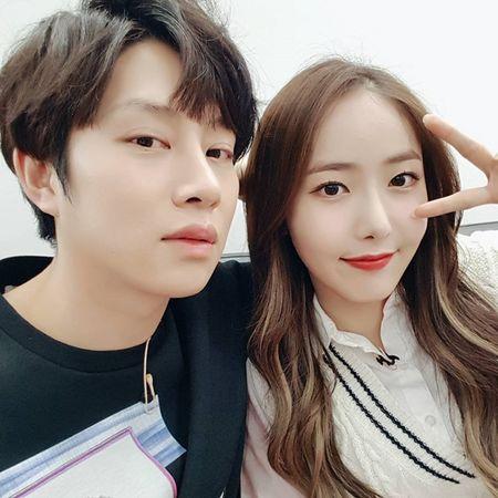 Sao Han 11/3: Krystal ma mi, Hyun Ah mac vay 'khong the ngan hon' - Anh 3