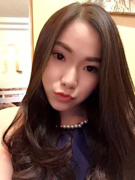 Nhan sac xinh dep, quyen ru cua vo cu Lam Vinh Hai 'an dut' Linh Chi - Anh 7