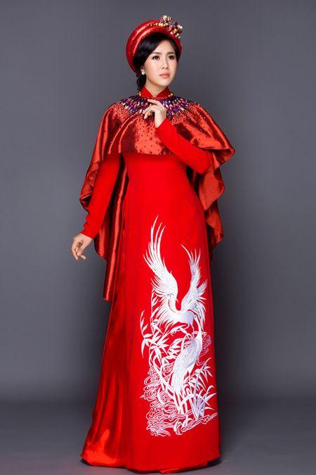Sap lay chong, Le Phuong van vo tu dien yem dao khoe vai tran goi cam - Anh 9