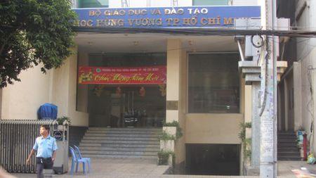 Sau 5 nam bi dinh chi, Truong Dai hoc Hung Vuong da duoc phep tuyen sinh - Anh 1