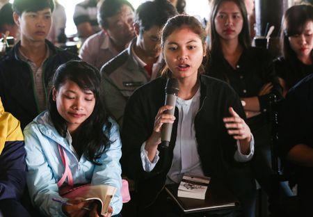 Thu tuong tham gian hang cua Trung Nguyen tai Le hoi Ca phe Buon Ma Thuot - Anh 4