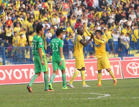 Vong 9 V.League 2017: Hai Phong pha ky luc bat bai cua doi bong xu Thanh? - Anh 1