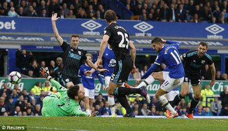 """Chi tiet Everton - West Brom: Cu danh dau """"khoa so"""" (KT) - Anh 3"""