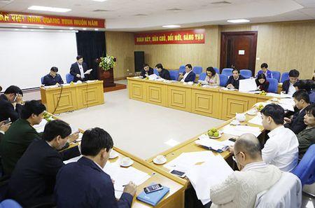 Cong bo 10 guong mat tre Viet Nam tieu bieu 2016 - Anh 1