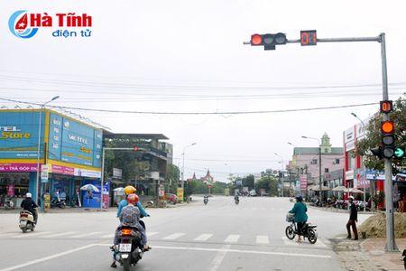 Pho nui Huong Son gan bien ten duong - Anh 2