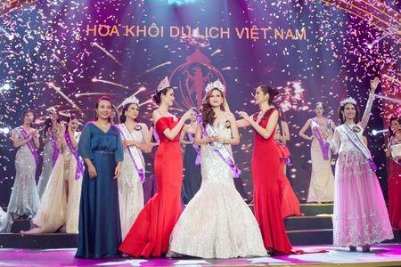 A quan The Face dang quang Hoa khoi du lich Viet Nam 2017 - Anh 1