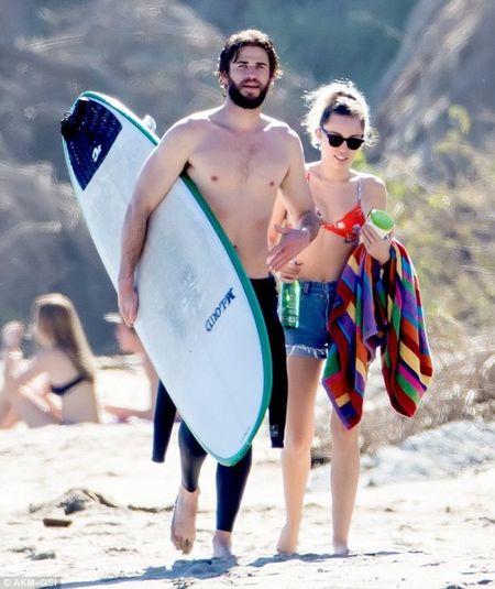 Lai ro tin Miley Cyrus da bi mat ket hon voi Liam Hemsworth - Anh 4
