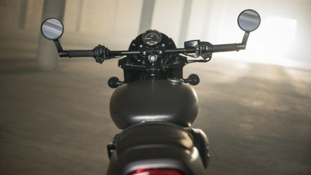 Harley-Davidson gioi thieu chiec Street Rod 750 tai Hoa Ky - Anh 12