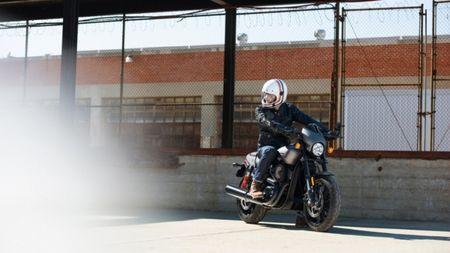 Harley-Davidson gioi thieu chiec Street Rod 750 tai Hoa Ky - Anh 1