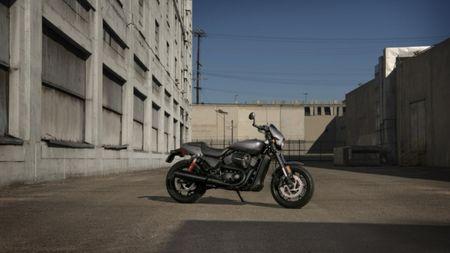 Harley-Davidson gioi thieu chiec Street Rod 750 tai Hoa Ky - Anh 3
