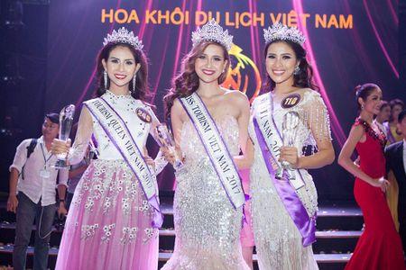 Khanh Ngan dang quang Hoa khoi Du lich VN - Anh 1