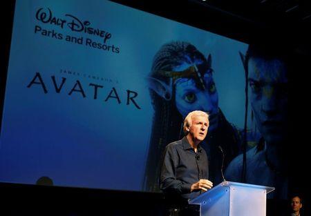 James Cameron he lo ly do 'Avatar 2' khong duoc chieu nam 2018 - Anh 1