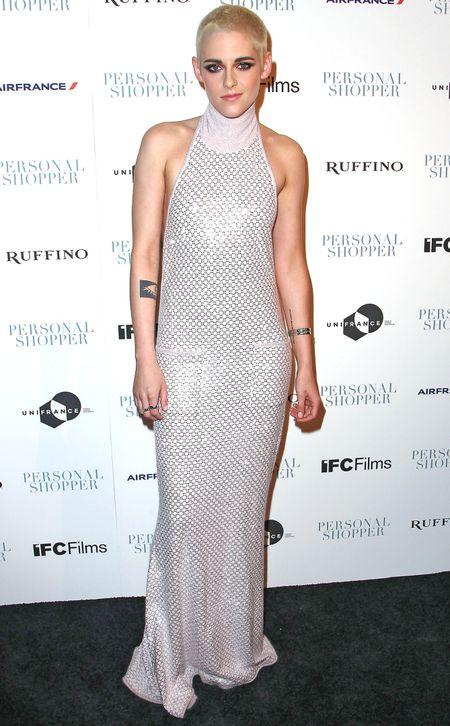 Kristen Stewart chung minh nguc lep van mac dep - Anh 1