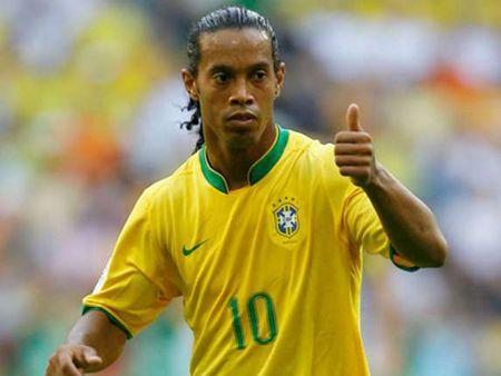 Ronaldinho, Shevchenko sang Viet Nam trong thang 4 - Anh 1