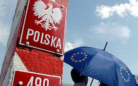 Gia tang ran nut trong quan he giua EU va Ba Lan - Anh 1