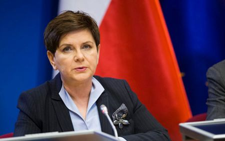 Gia tang ran nut trong quan he giua EU va Ba Lan - Anh 3