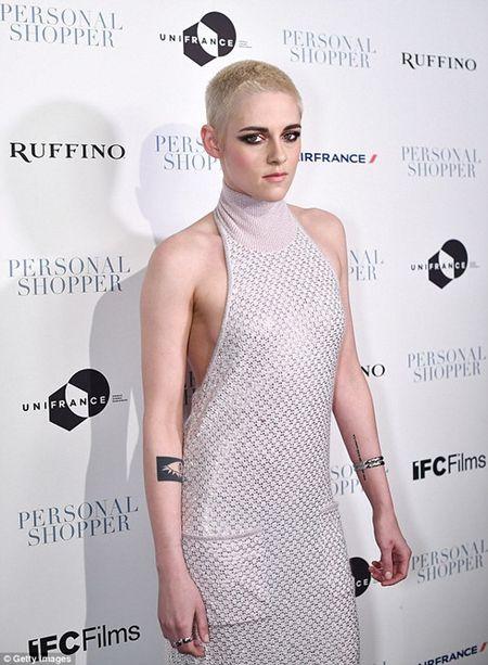 Kristen Stewart cao dau va thu nhan luong tinh - Anh 2