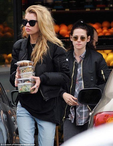 Kristen Stewart cao dau va thu nhan luong tinh - Anh 4