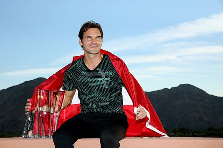 Federer thang tien manh me sau cu dup vo dich - Anh 1