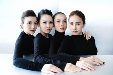 Gian nhau 10 nam, Yen Trang bat ngo chup anh nude cung May Trang - Anh 7