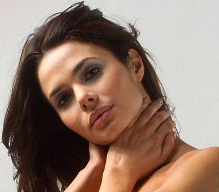 Rossana Almeyda: Ke thu ba pha tan hanh phuc cua tay vot Feliciano Lopez - Anh 1