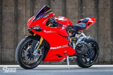 Sieu moto Ducati 1199 Panigale S do 'full do choi' khung - Anh 1