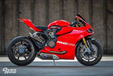 Sieu moto Ducati 1199 Panigale S do 'full do choi' khung - Anh 2