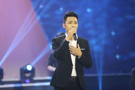 NSUT Kim Xuan cung con dau len sau khau ung ho Huy Luan - Anh 2