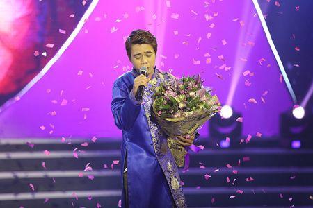 NSUT Kim Xuan cung con dau len sau khau ung ho Huy Luan - Anh 7