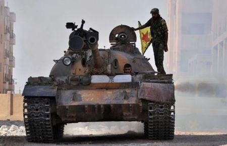 Di nuoc co bat ngo o Syria, Nga khien dong minh gian soi - Anh 1