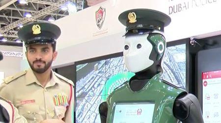Doi robot canh sat dau tien sap di vao hoat dong - Anh 1